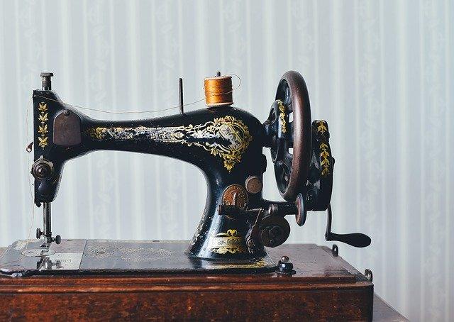Nähmaschinen im Laufe der Zeit – ein Segen für Verbraucher?